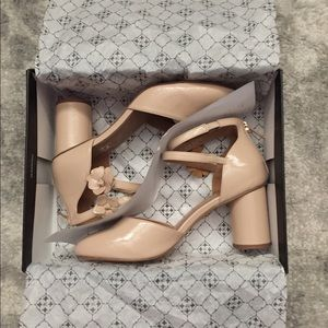 NIB Nanette Lepore Canada Blush shoes